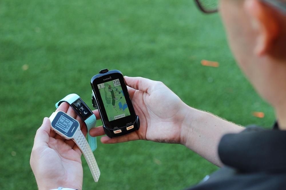 GPS-laseretäisyysmittari golfiin